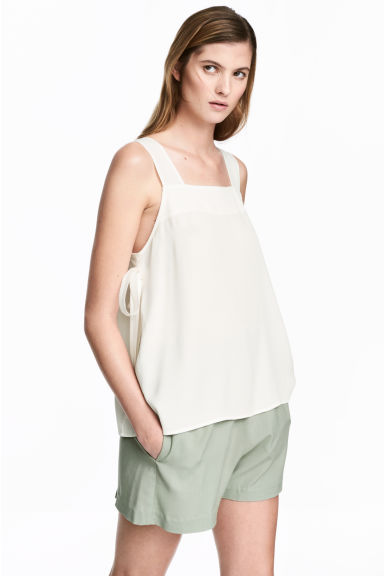 Wide shorts - Dusky green -  | H&M 1