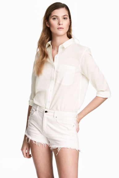 Worn denim shorts - White denim - Ladies | H&M 1