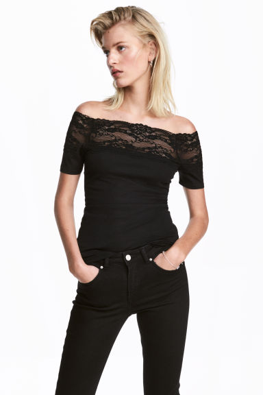 Top with a lace yoke - Black - Ladies | H&M 1