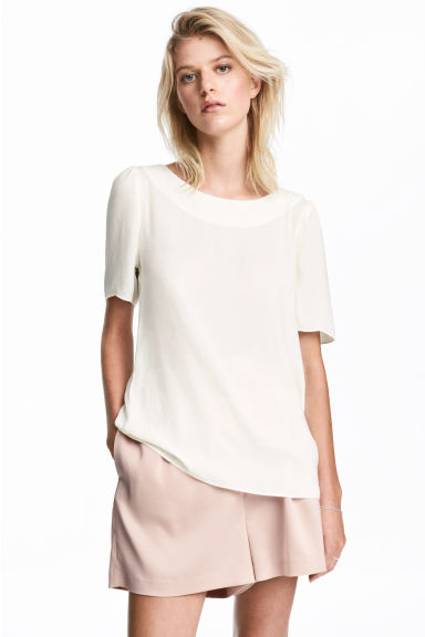 Woven top - Natural white - Ladies | H&M CN 1