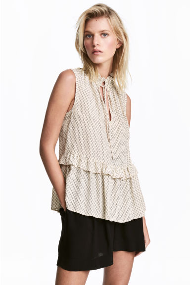 Sleeveless frilled blouse - Light beige/Pattern - Ladies | H&M CN 1