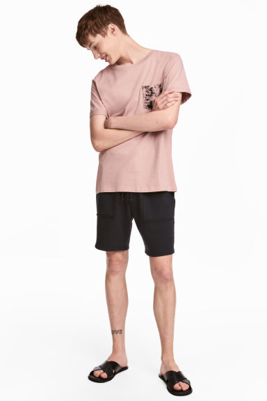 Sweatshirt shorts - Black - Men | H&M 1