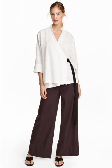 Wide cotton trousers