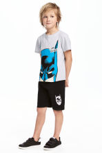 T-shirt and shorts - Light grey/Batman - Kids | H&M 1