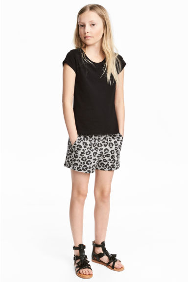 Sweatshirt shorts - Grey/Leopard print - Kids | H&M 1