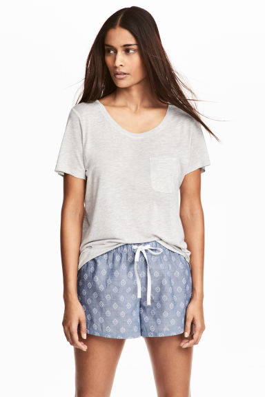 Pyjamas with a top and shorts - Light grey marl - Ladies | H&M 1