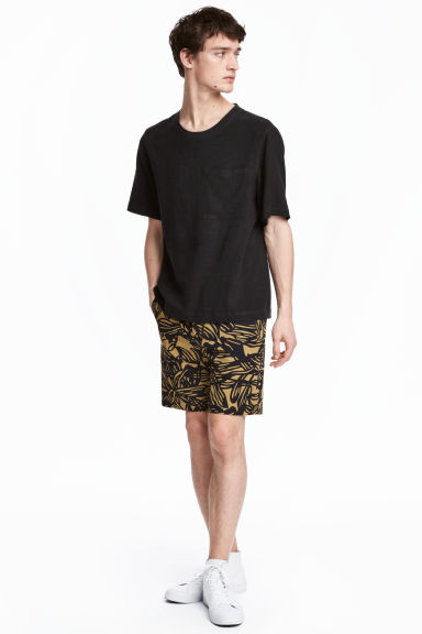 Knee-length cotton shorts - Camel/Patterned - Men | H&M IE
