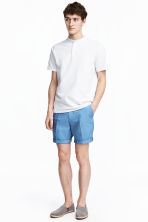 Short chino shorts - Sky blue - Men | H&M 1
