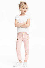 Embroidered twill trousers - Light pink - Kids | H&M 1