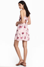 Crêpe dress - Powder pink/Floral - Ladies | H&M CN 1