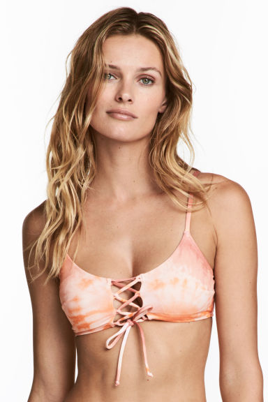 Bikini top with lacing - Apricot/Batik -  | H&M