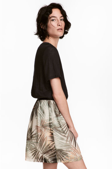 Crinkled chiffon skirt - Natural white/Leaf - Ladies | H&M CA 1