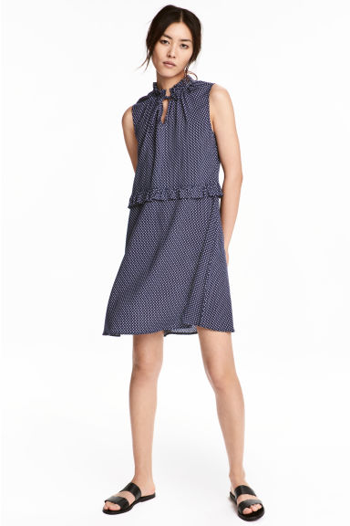 Patterned dress with frills - Dark blue - Ladies | H&M 1