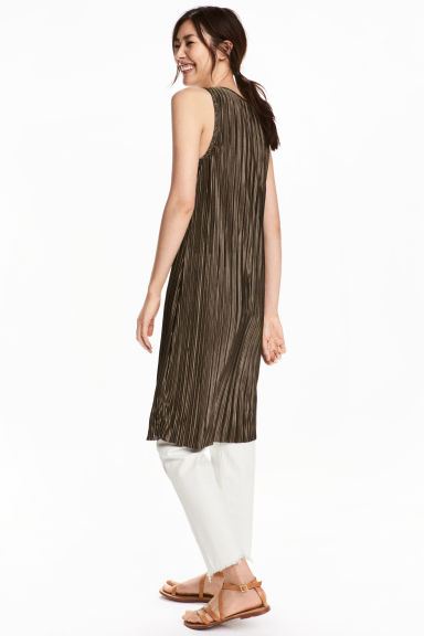 Pleated dress - Dark Khaki - Ladies | H&M 1