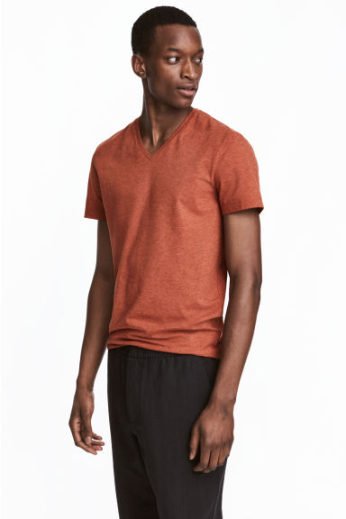 V-neck T-shirt Slim fit - Rust marl - Men | H&M 1
