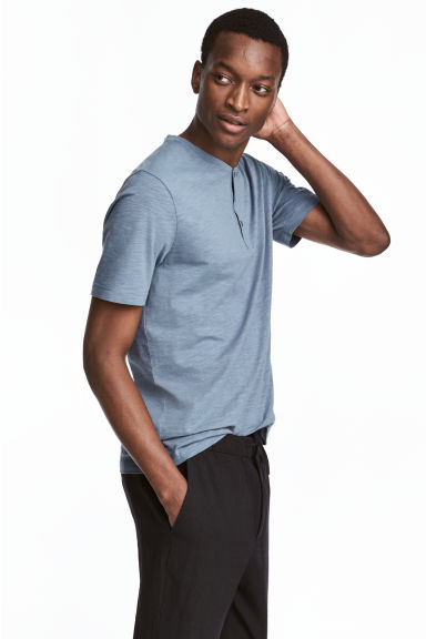 Short-sleeved Henley shirt - Pigeon blue - Men | H&M CA 1