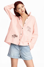 Oversized shirt - Powder pink/Checked - Ladies | H&M CN 1