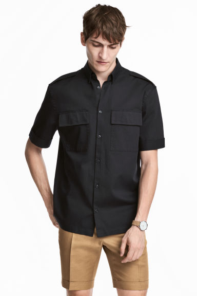 Short-sleeved utility shirt - Black - Men | H&M