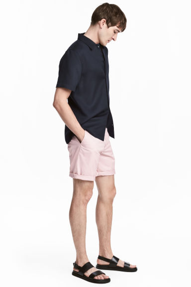 Short chino shorts - Light pink - Men | H&M CN 1