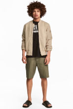 Knee-length cotton shorts - Khaki green -  | H&M CN 2