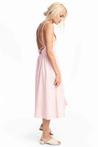 Robe à encolure en V - Rose clair -  | H&M BE