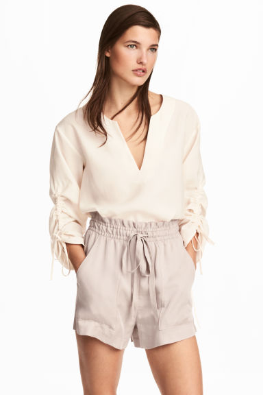 Lyocell shorts - Light mole - Ladies | H&M CN 1