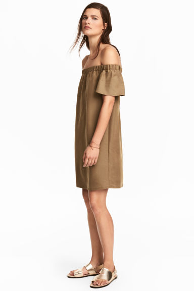 Off-the-shoulder dress - Khaki beige - Ladies | H&M 1