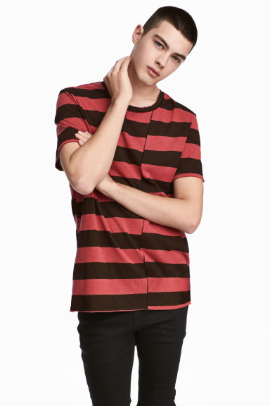 Striped T-shirt - Black/Red/Striped - Men | H&M CN 1