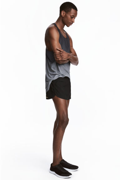 Running shorts - Black - Men | H&M