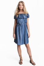 Lyocell off-the-shoulder dress - Denim blue - Ladies | H&M CA 1