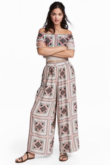Wide trousers - Powder pink/Pattern - Ladies | H&M CN 1