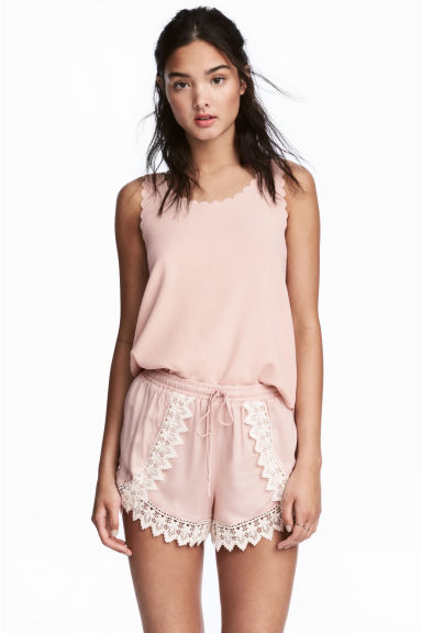 Shorts with lace details - Powder pink - Ladies | H&M CA 1