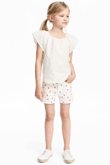 Short twill shorts - White/Ladybird - Kids | H&M 1