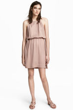 Dress with a lace back - Powder - Ladies | H&M CN 1