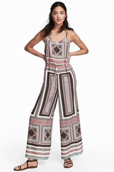 V-neck jumpsuit - Pink/Patterned - Ladies | H&M 1