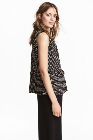 Sleeveless frilled blouse - Black/Patterned - Ladies | H&M 1