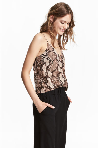 V-neck top - Snakeskin print - Ladies | H&M CN 1