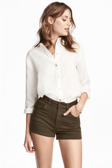 High-waisted twill shorts - Dark khaki green - Ladies | H&M CA
