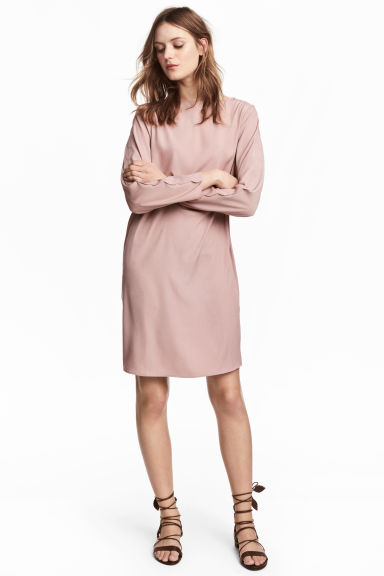 Robe à bords festonnés - Rose poudré -  | H&M FR