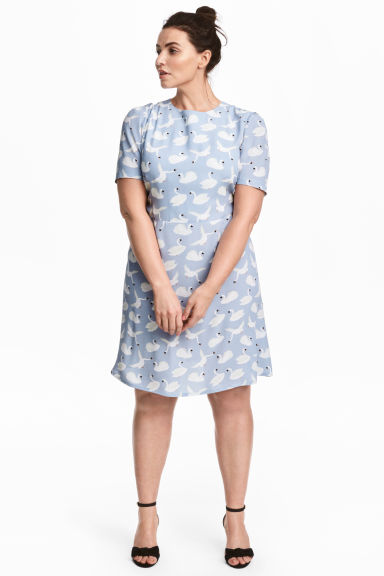 H&M+ Patterned dress - Light blue/Birds - Ladies | H&M 1