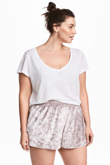 H&M+ Crushed velvet shorts - Light heather - Ladies | H&M