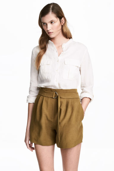 Linen shirt - Natural white - Ladies | H&M 1