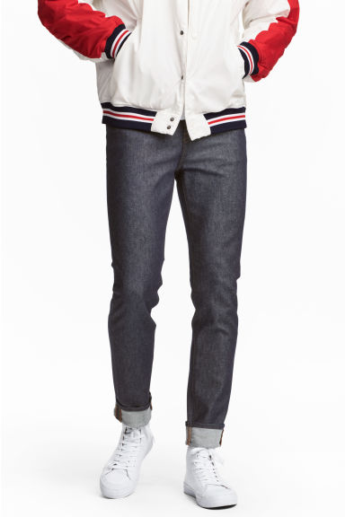 Relaxed Skinny Jeans - Dark denim blue/Raw - Men | H&M 1