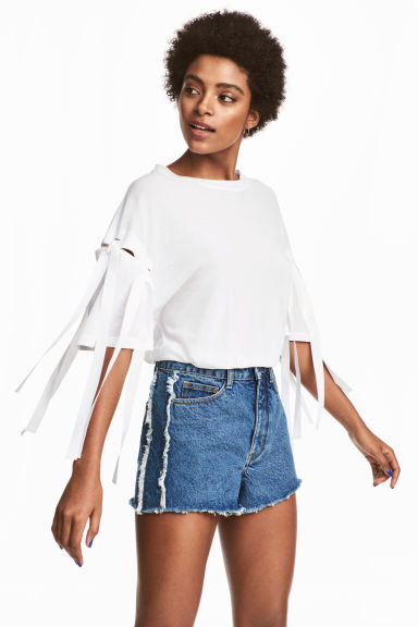 Top met strikdetails - Wit - DAMES | H&M NL 1