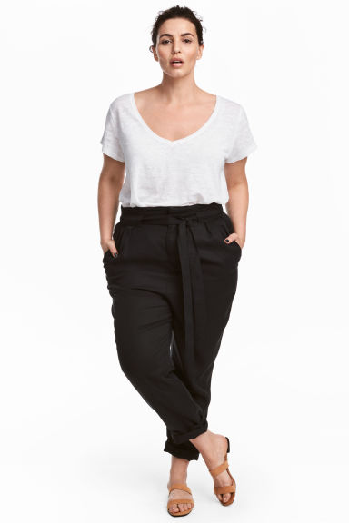 H&M+ Lyocell trousers - Black - Ladies | H&M 1