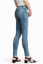 Shaping Skinny Regular Jeans - Denim blue - Ladies | H&M 1