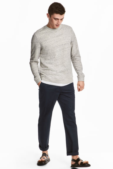 Chinos Relaxed fit - Dark blue - Men | H&M