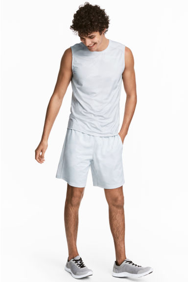 Knee-length sports shorts - White/Patterned - Men | H&M 1