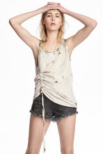 Drawstring vest top - Light beige/Pattern - Ladies | H&M 1