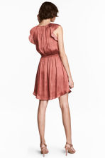 Dress with frilled sleeves - Vintage pink - Ladies | H&M 1